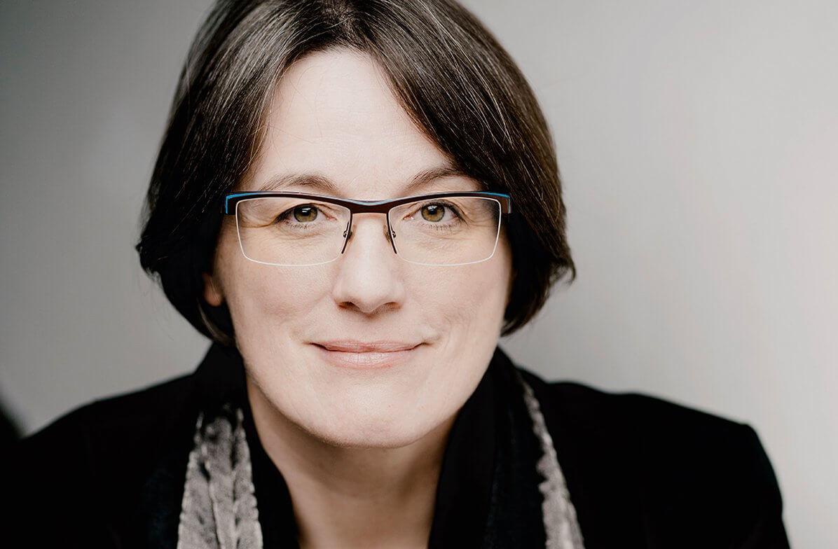Annette Josef, Geschäftsführende Intendantin